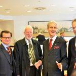 Ordenskanzler Stolberg mit Novizen Dr. Millauer, Dr. Kubicek, Michiel Hemminga