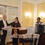 Kanzler stellt die Musiker Georgiana Muraru und Niko Zaric vor
